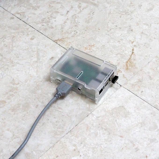hdmiケーブルでテレビと繋ぐ